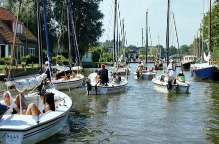 Zeiltocht over de Friese Meren: Aankomst in Langweer