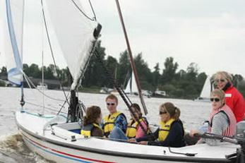 Zeilen met schoolkamp in Friesland.